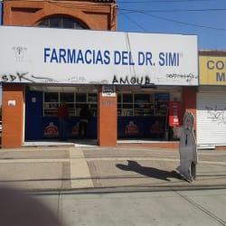 Farmacias del Dr. Simi - Concha y Toro / Los Toros en Santiago