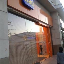 Banco Itaú Camilo Henríquez en Santiago