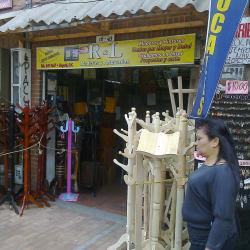 R&L Maderas & Artesanías en Bogotá