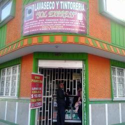 Lavaseco y Tintorería Sol Express en Bogotá