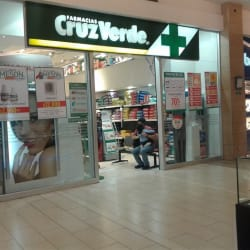 Farmacias Cruz Verde - Mall Plaza Tobalaba en Santiago