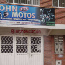 John Motos en Bogotá