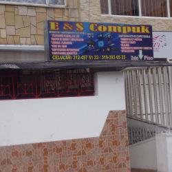 E & S Compuk Servicio Tecnico  en Bogotá
