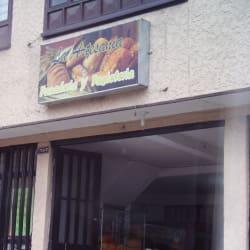 Panaderia Y Pasteleria La Artesania  en Bogotá