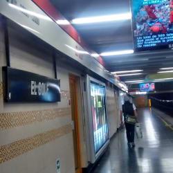 Estación Metro El Golf en Santiago
