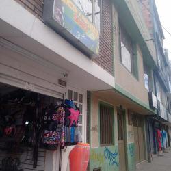 Almacen y Repuestos Saray  en Bogotá