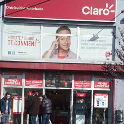 Claro - Gran Avenida en Santiago