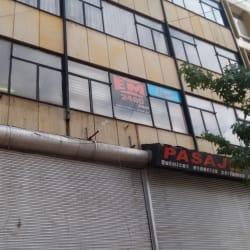EM 2490 Jeans  en Bogotá
