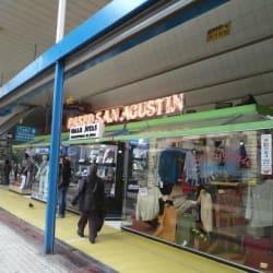 Centro Comercial Paseo San Agustín en Santiago