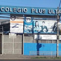 Colegio Polivalente Plus Ultra en Santiago