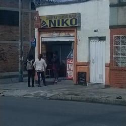 Cigarreria y Comidas Rapidas Niko en Bogotá