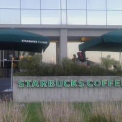 Starbucks Ciudad Empresarial en Santiago