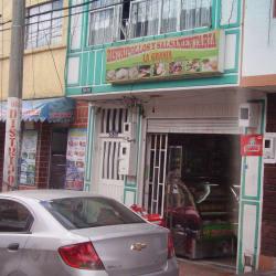 Distripollos y Salsamentaría La Granja  en Bogotá