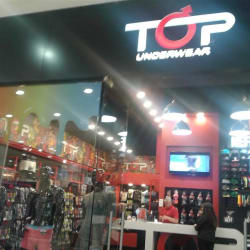 Top Underwear - Mall Plaza Vespucio en Santiago