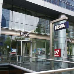 Cajero Automático Banco BBVA - El Golf Premium en Santiago