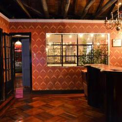 Latora 4 Brazos Bar en Bogotá
