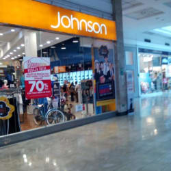 Johnson Deporte - Mall Plaza Vespucio en Santiago