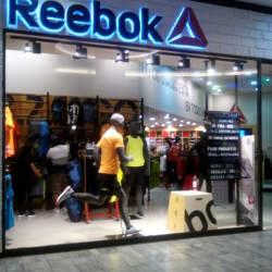 Reebok - Mall Plaza Vespucio en Santiago