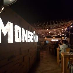 Monseñor Terraza Bar en Santiago