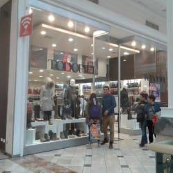 Todo Piel - Mall Plaza Vespucio en Santiago
