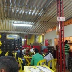 Club De Tejo Restaurante La Veleñita en Bogotá