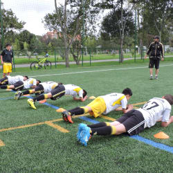 Escuela de Fútbol Independiente Nacional en Bogotá