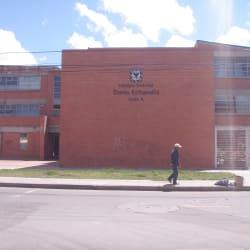 Colegio Distrital Darío Echandía Calle 4 en Bogotá