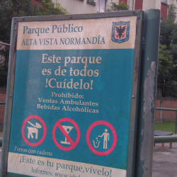 Parque Urbanización Altavista Normandía en Bogotá