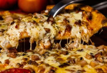 Pizza personal + gaseosa + helado  a domicilio en Bogotá