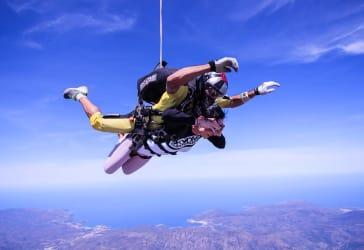 Skydrive y paracaidismo por $530.000