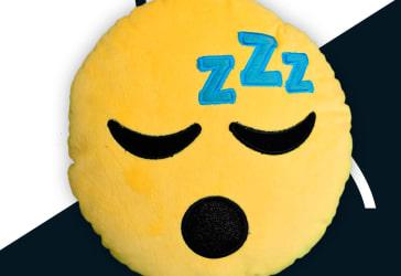 Cojín emoji dormido por $10.000 a domicilio