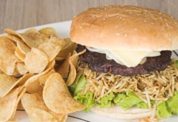 Dos hamburguesa más papas y gaseosa a domicilio en Bogotá