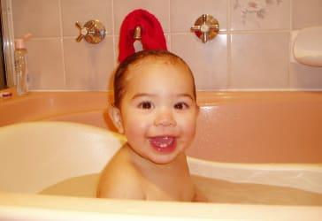 Compra bañera para bebé + cambiador por solo $290.000