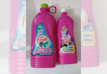 2 frascos de removedor de manchas Full Fresh por $30.000