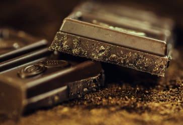 ¡Perfecto para regalar! Canasta + peluche + chocolates por $15,000