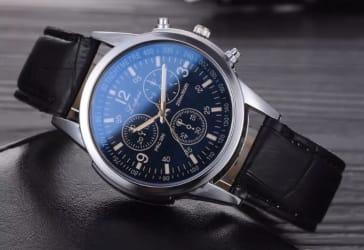 Elegante Reloj Le Temps por $50.000 pagano con Mastercard