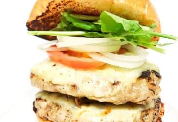 Dos hamburguesas doble de cerdo $36.000