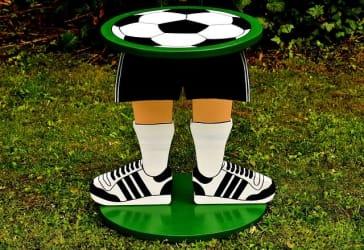 Escudo del equipo de fútbol nacional en madera a $115.000