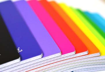 Docena de cuadernos cosidos de 100 hojas por $14.400