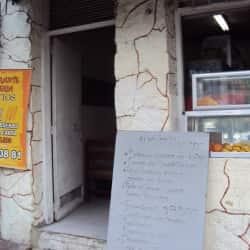 Restaurante Cafetería Los Tíos en Bogotá
