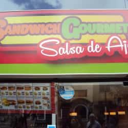 Sándwich Gourmet Salsa De Ajo en Bogotá