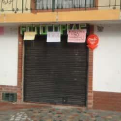 Fotocopías y Recargas Carrera 52 con Calle 20 en Bogotá