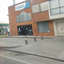 Famisanar EPS Avenida 68 con Calle 17 en Bogotá