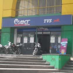 AKT Motos Surtimax Suba en Bogotá
