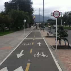 Cicloruta Avenida Calle 26 Costado Norte en Bogotá