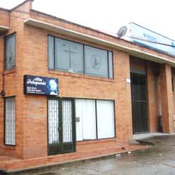 Alta Peluquería Carrera 1A en Bogotá