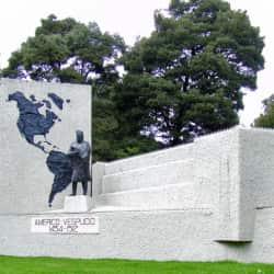 Monumento Americano Vespucio en Bogotá