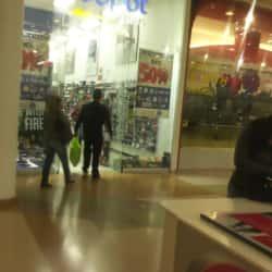 Deepot Plays Plaza Imperial  en Bogotá