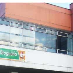 Droguería Carrera 92 en Bogotá