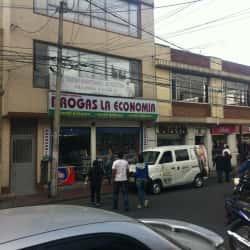 Drogas La Economía Carrera 56 Con 4D en Bogotá